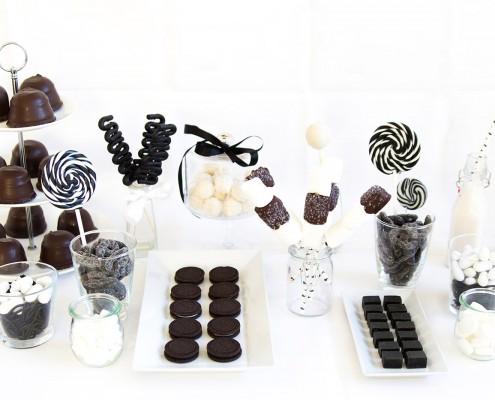 Candy Bar in Schwarz / Weiß