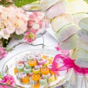 Spieße aus Marshmallows