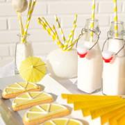 Sommerliche Candy Bar in Gelb und Weiß