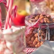 Gebrannte Mandeln und Zuckerstangen